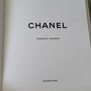 CHANEL Accents - Chanel hardback